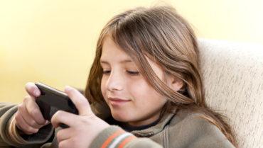 Doit-on interdire les réseaux sociaux aux enfants
